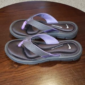 Nike Comfort Thong Sandals sz 7 Brown Purple 2012